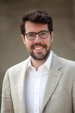 Biografía Antón Larraz 1_AlbertBatallaiSiscart