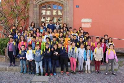 60 alumnes de l'escola Albert Vives visiten l'Ajuntament de la Seu d'Urgell