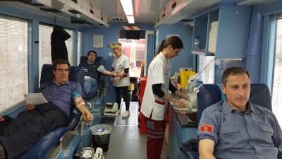 Bona resposta de la Seu d'Urgell en la jornada solidària de donació de sang de Bombers