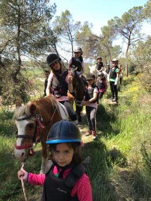 El Ràfting Parc de la Seu d'Urgell ofereix passejades en poni per a infants