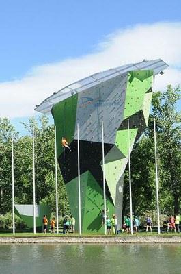 El rocòdrom municipal del Parc del Segre ja està obert a tots els usuaris