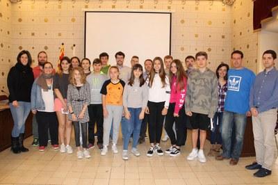 Els adolescents urgellencs, satisfets amb l'acció en favor del civisme i la convivència protagonitzada a la plaça del Codina