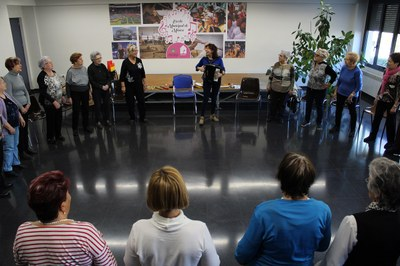 Èxit del taller de musicoteràpia per a gent gran amb 30 participants