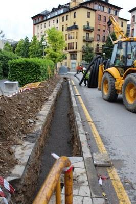 Iniciades les obres per instal·lar una central tèrmica de biomassa pel centre cultural Les Monges i l'escola Pau Claris de la Seu