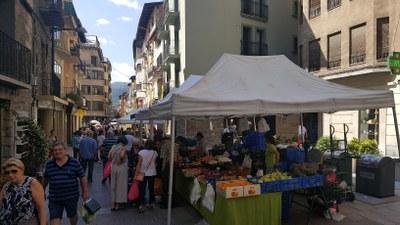 L'Ajuntament de la Seu d'Urgell obre avui el termini per optar a una de les 39 parades vacants dels mercats setmanals municipals