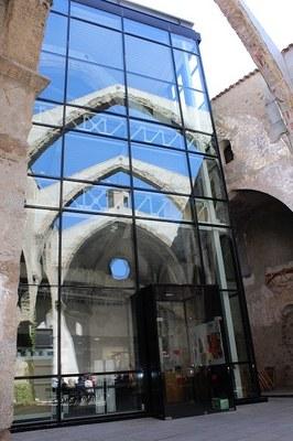 La Biblioteca Sant Agustí ajorna la celebració dels seus vint-i-cinc anys fins al 2021