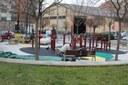 La Seu d'Urgell guanya un nou espai lúdic i de salut per a la gent gran a la plaça de Lleteries