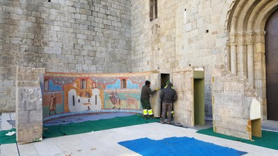 La Seu d'Urgell instal·la el pessebre romànic al jardí de la Catedral