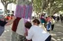 L'activitat Urban Knitting obre la Festa de la Gent Gran de la Seu d'Urgell