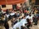 Més de 50 infants participen en el taller intergeneracional dedicat a la festa de la Castanyada