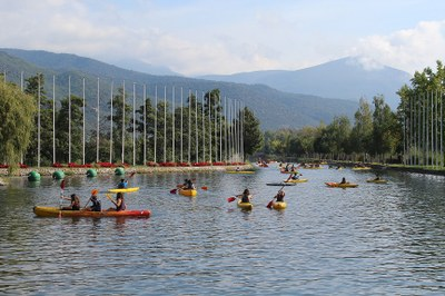 Més de 500 alumnes de la Seu s'inicien al piragüisme en el Parc Olímpic del Segre
