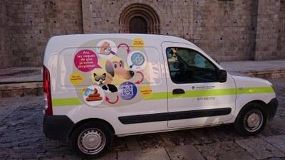 Nova retolació del vehicle del Servei Municipal de Medi Ambient de la Seu d'Urgell