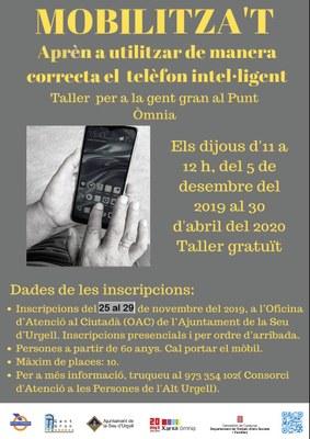Taller gratuït per aprendre a usar el telèfon mòbil intel·ligent adreçat a la gent gran